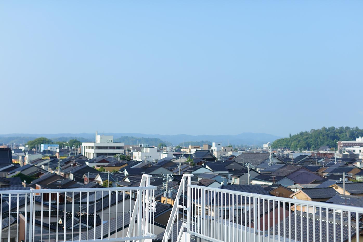 29_180726-27_rooftop_007